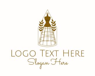 Classy Mannequin Boutique Logo Maker