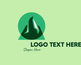 Outdoor Gear - Green Mountain Outdoor logo design