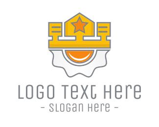 Queen - Fried King logo design