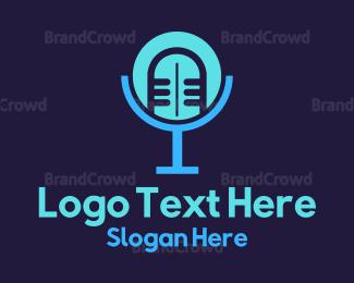 Commentator - Green Podcast logo design