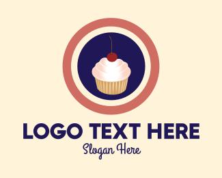 Sweet Tooth - Cupcake Shop logo design