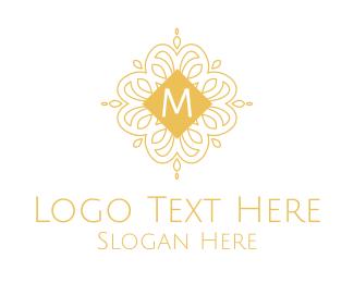 Luxurious - Luxurious Ornamental Lettermark logo design