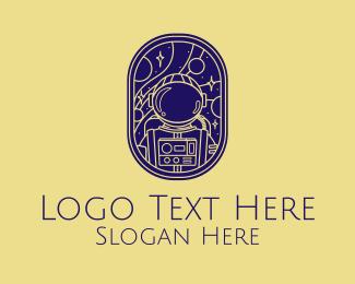 Discover - Astronaut Outline Badge  logo design