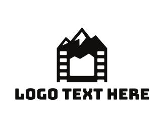 Entertainment - Media Peak logo design