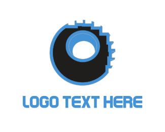 Motor - Pixelated Wheel logo design