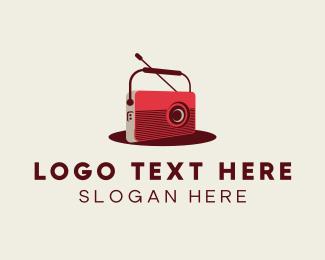 Playlist - Vintage Radio logo design