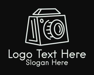 Polaroid - Minimalist Box Camera  logo design