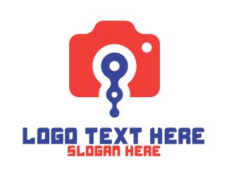 Vlogger - Camera App logo design