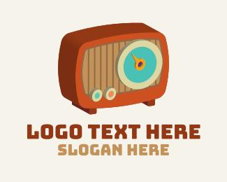 Radio Signal - 3D Vintage Radio  logo design