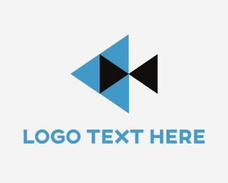 Podcast - Fish Play logo design