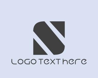 Showroom - Minimalist S Brand logo design
