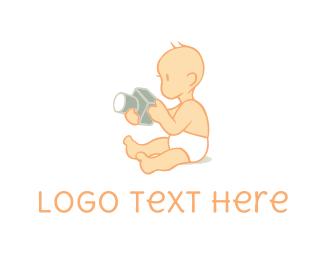 Newborn - Baby Photographer logo design
