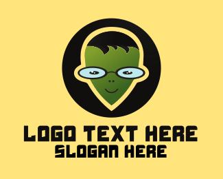 Alien - Geek Alien logo design