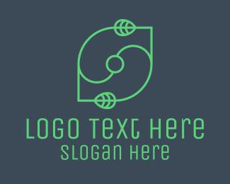 Minimalist Green Leaf Logo