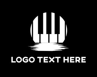 Piano - Moon Piano logo design